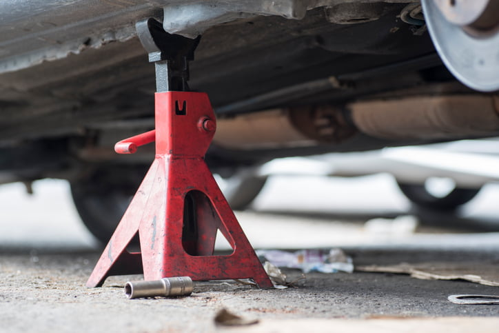 Car jack stand