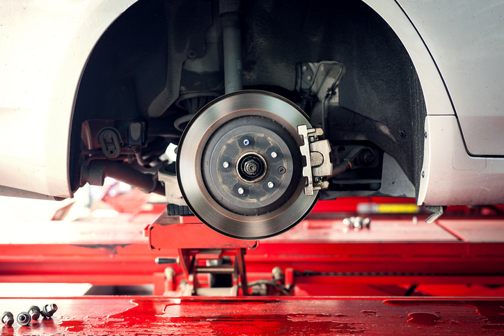7 Signs There Might Be a Problem with Your Brakes