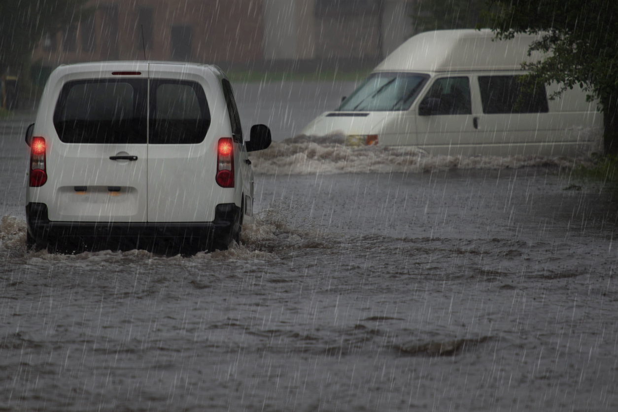 Driving in heavy flooding