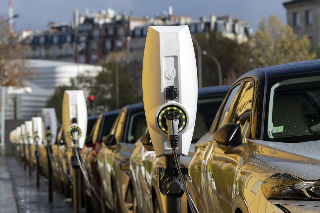 electric car charging port