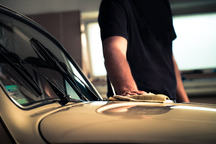 cleaning classic car polish