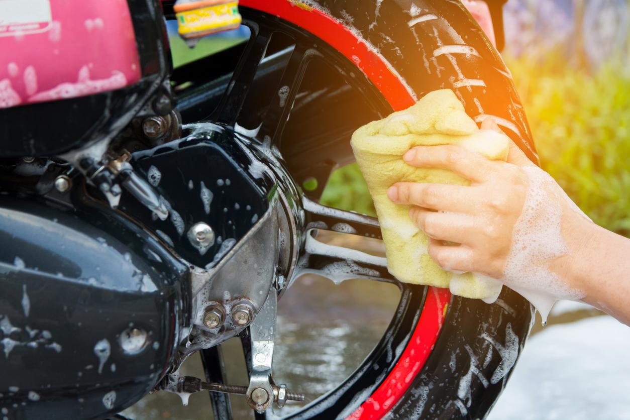 washing motorcycle wheels