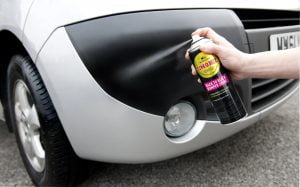 Simoniz Back to Black Bumpershine in Use