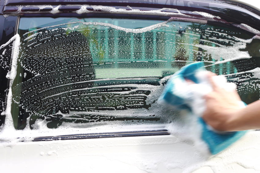 Ultimate Guide To Cleaning Car Windows And Headlights