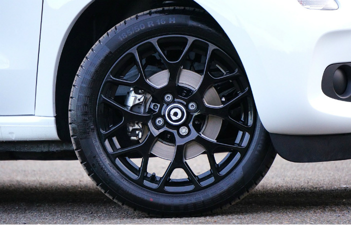Run Flat Tyres Everything You Need To Know